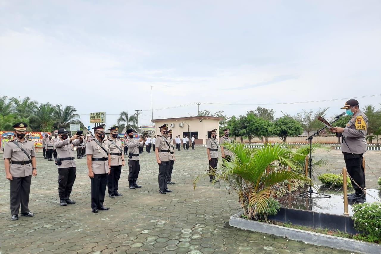 Kapolres Mesuji Akbp Alim, S.H.,S.Ik Pimpin Serah Terima Jabatan Empat Pejabat Di Lingkup Polres Mes