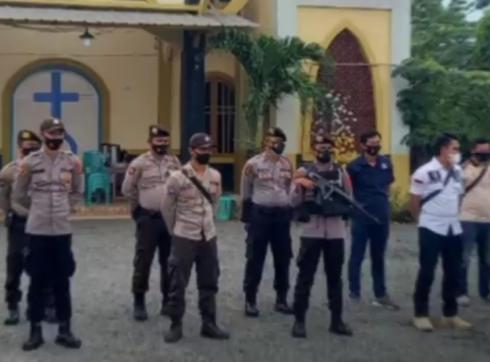 Polres Mesuji Tingkatkan Pengamanan Ibadah di Gereja-gereja Mesuji